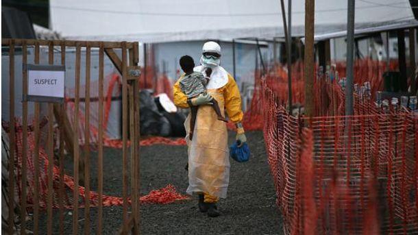 Вірус Еболи мутує