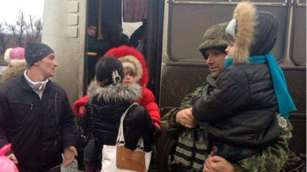 Эвакуация в Дебальцеве