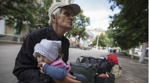 """Боевики продолжают провокации в """"горячих точках"""""""