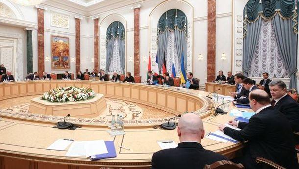 Зараз Росія виторговує Дебальцеве, — Кулеба