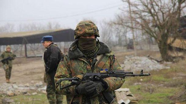 Украинские бойцы под Мариуполем