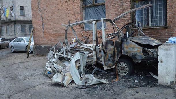 Зруйнований автомобиль