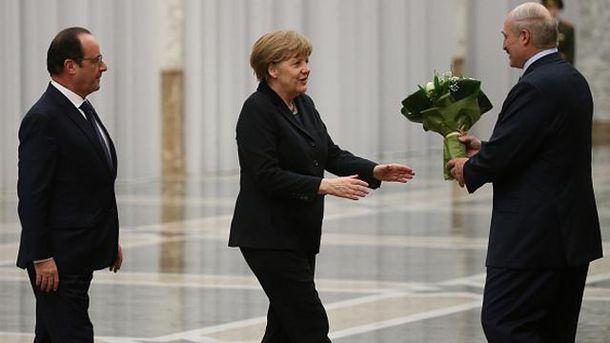 Франсуа Олланд, Ангела Меркель і Олександр Лукашенко