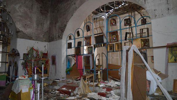 Пошкоджена церква на Луганщині