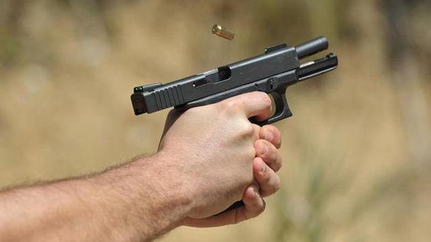 Один з учасників бійки використав травматичний пістолет