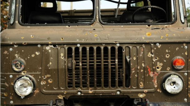 Обстрелянное авто в Иловайске