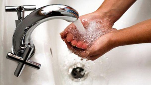 В Минрегионе рассказали, насколько вырастут цены на горячую воду с 1 апреля