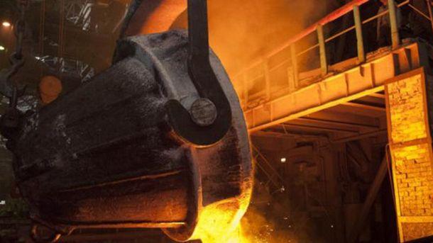 В феврале промышленное производство упало на 22,5%