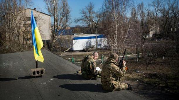 Українські бійці у Маріуполі