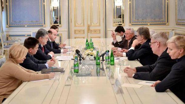 Встреча с членами Совета международного центра Низами