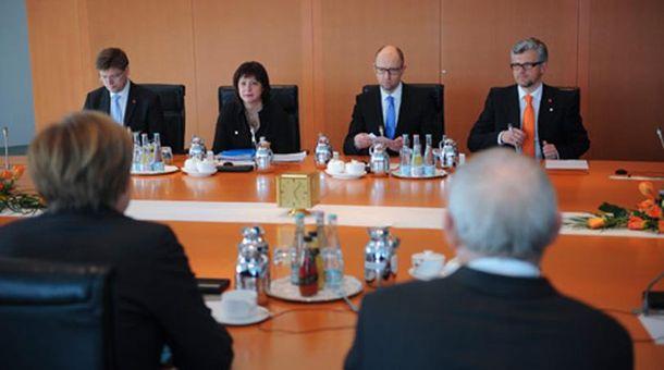Встреча Яценюка с Меркель