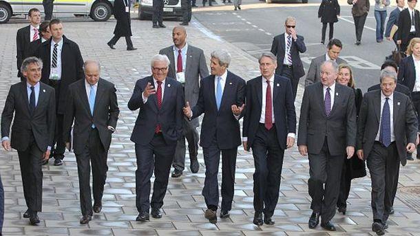 Встреча глав МИД стран