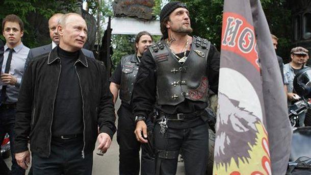 Владимир Путин и байкеры