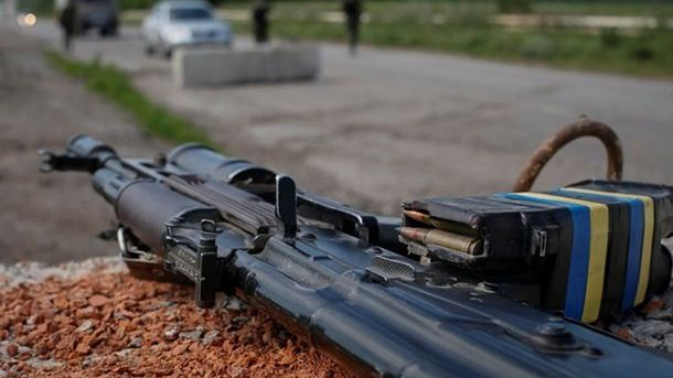 В зоне АТО не хватает оружия