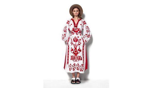 Платье из коллекции NURBANU GÜVEN