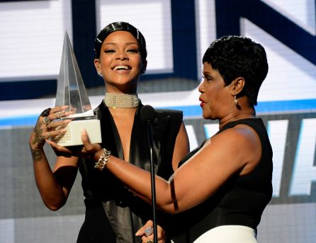 Rihanna з матір'ю