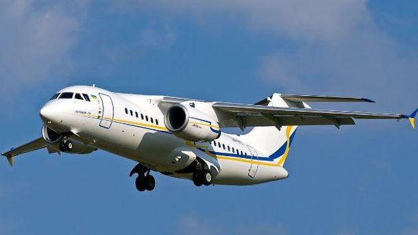 Новітній український літак покажуть на виставці у Франції