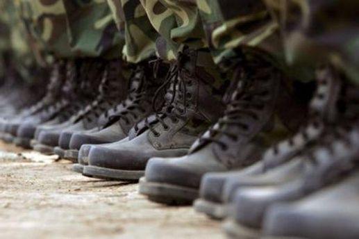 Срочников действительно в АТО не посылают, — полковник запаса ВСУ