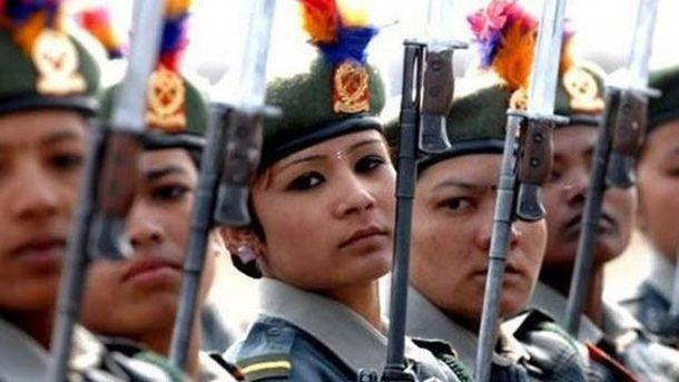 Жінки з армії Індонезії