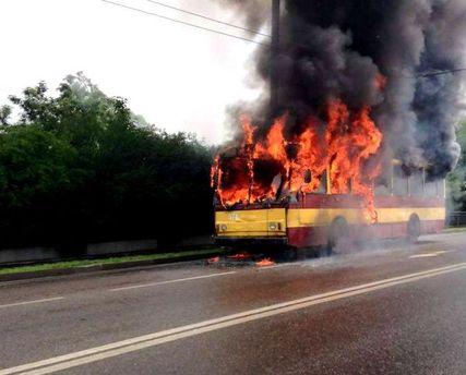 Во Львове горел троллейбус