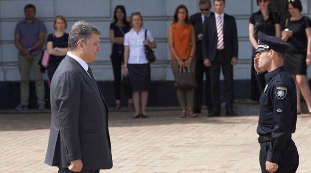 Петр Порошенко и начальник патрульной полиции