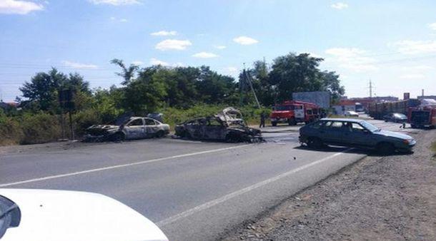 Сгоревшие авто в Мукачево
