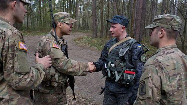 Американские и украинские солдаты