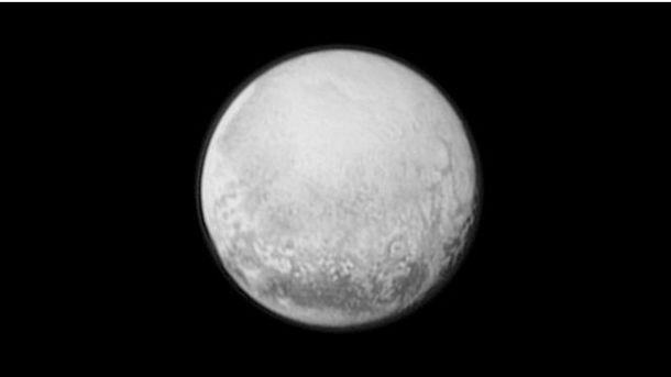 Плутон зблизька: нові фото від NASA