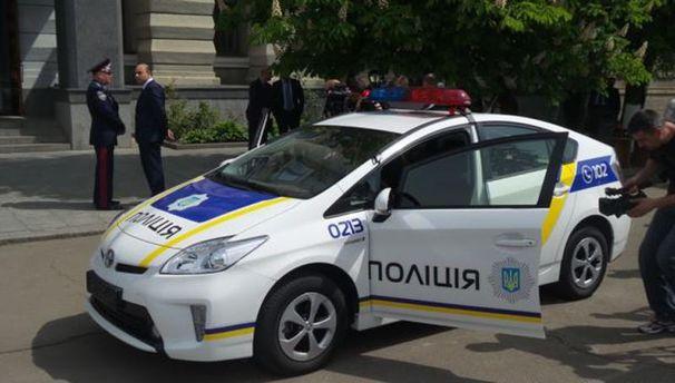 Машина патрульної поліції