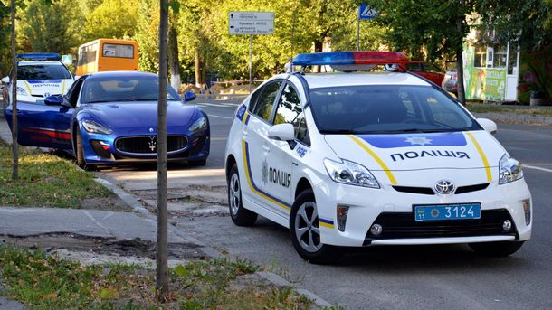 Полицейские остановили Maserati