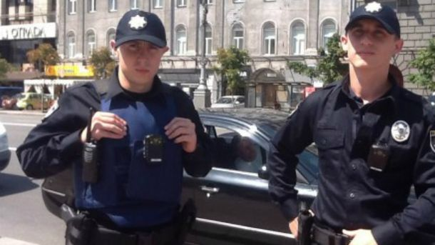 Патрульні поліцейські