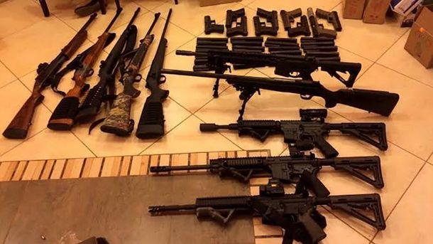 Конфискованное у контрабандистов оружие