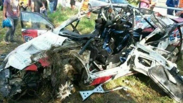 Українські автогонщики потрапили в аварію