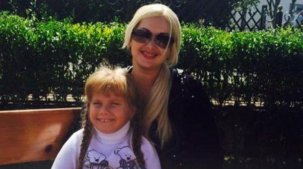 Катерина Бужинська з донькою