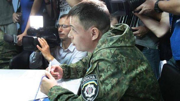 Бійці добровольчих батальйонів хочуть в поліцію