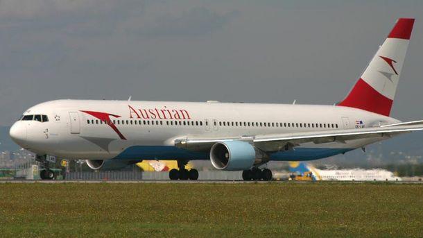 Літак Austrian Airlines