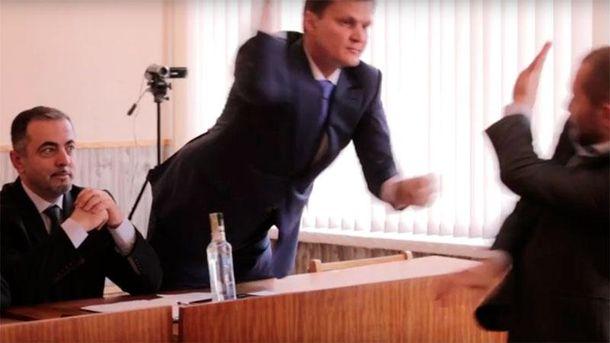 Депутати побилися ковбасою