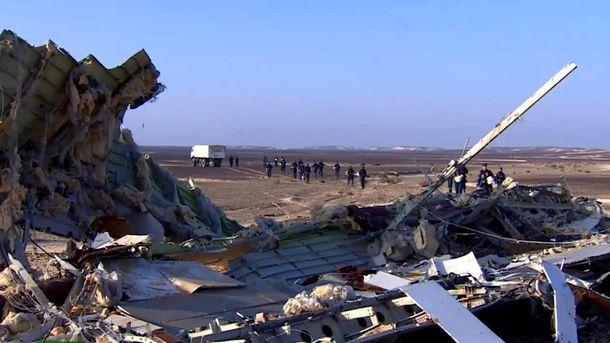 На місці катастрофи російського літака у Єгипті