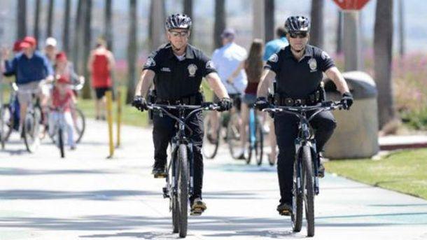Поліцейські на велосипедах
