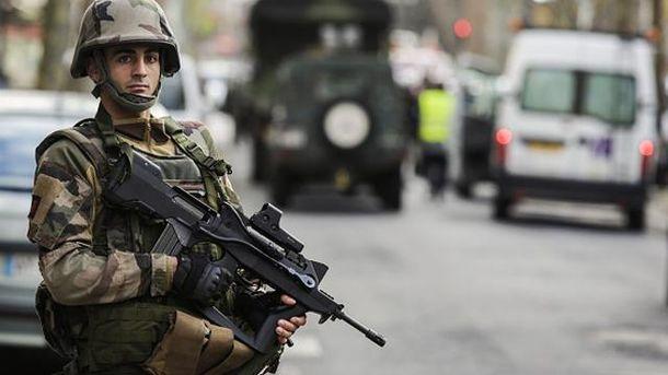 Французский спецназовец