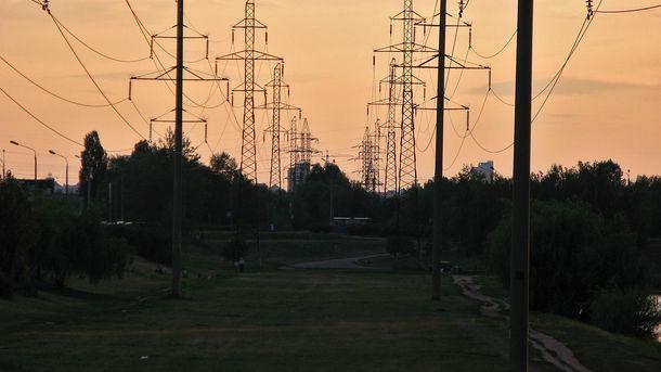 НаХерсонщині знову пошкодили електроопори