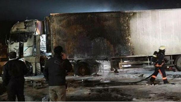 Обгоріла вантажівка