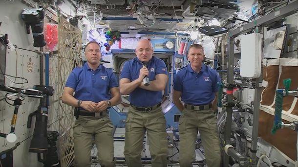 Астронавты на борту МКС