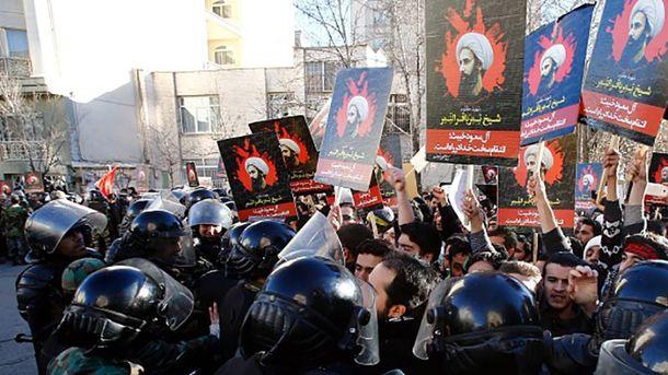 Протест  возле посольства Саудовской Аравии в Иране