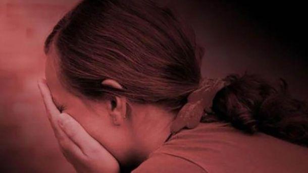 Мужчина 4 дня насиловал племянницу