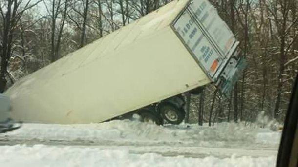 Вантажівка після аварії