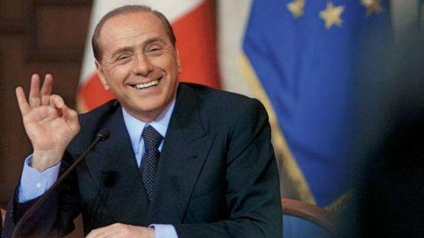 """Берлускони возвращается: обещает бороться с """"режимом"""" и свергнуть правительство"""