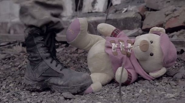 Украинские бойцы пришли к детям Марьинки