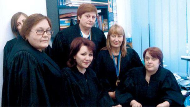 Нина Кравченко с другими судьями