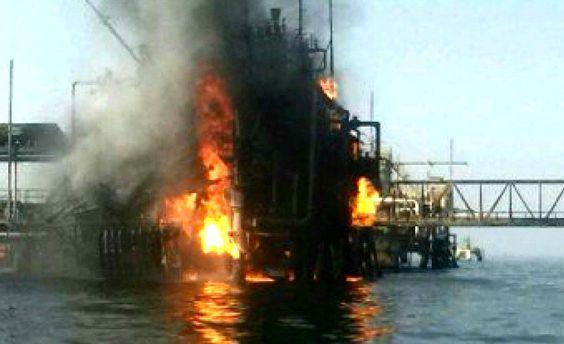 Взрыв на нефтяной платформе